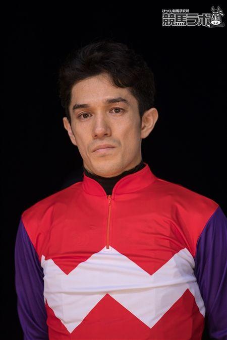 サブノクロヒョウの和田穣治騎手はこれが重賞初制覇となった